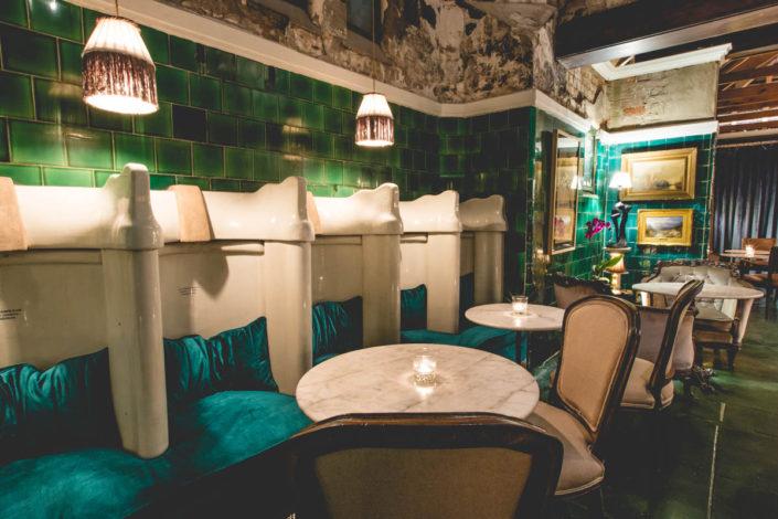 Gentlemen's Arthouse porcelain seating