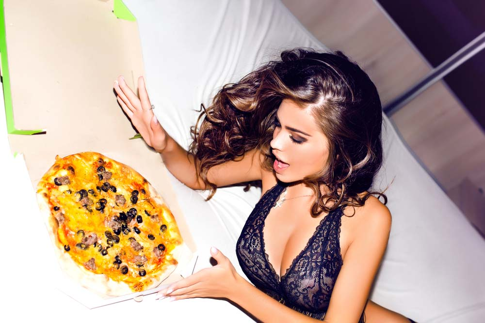 granny-sexy-girls-playing-with-their-food-love-new